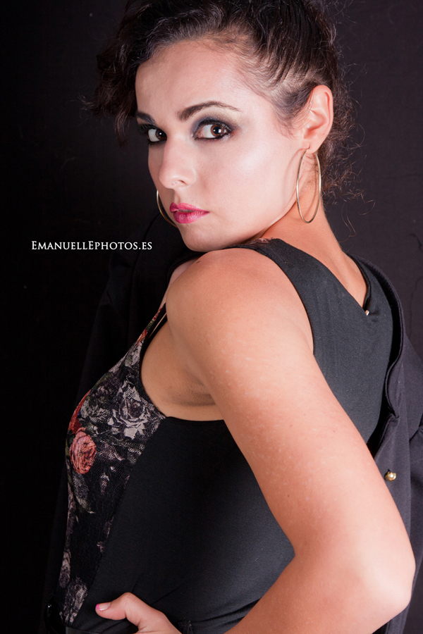 Book de moda, retrato de estudio modela MªAmor