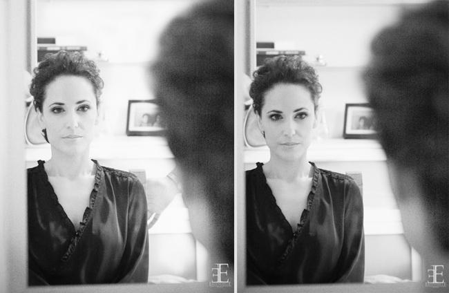 fotografia artistica de boda blanco y negro, novia adelante del espejo