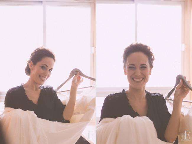 novia sonriendo con el traje de boda franc sarabia