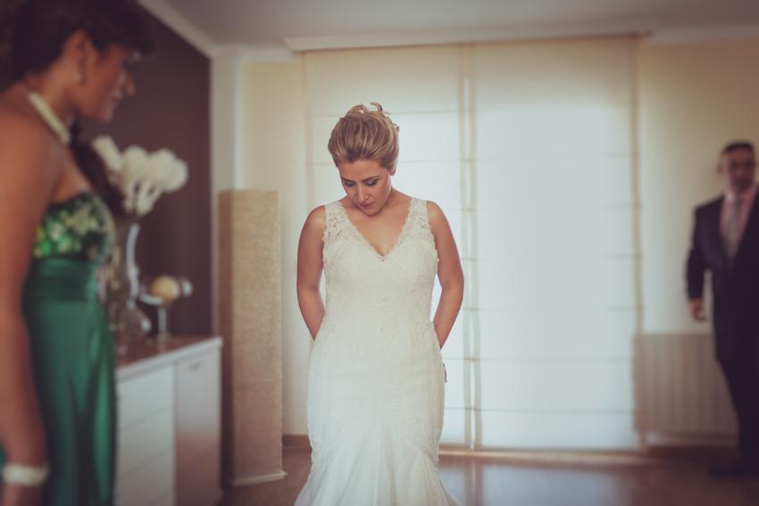 momento emotivo preparativo de novia
