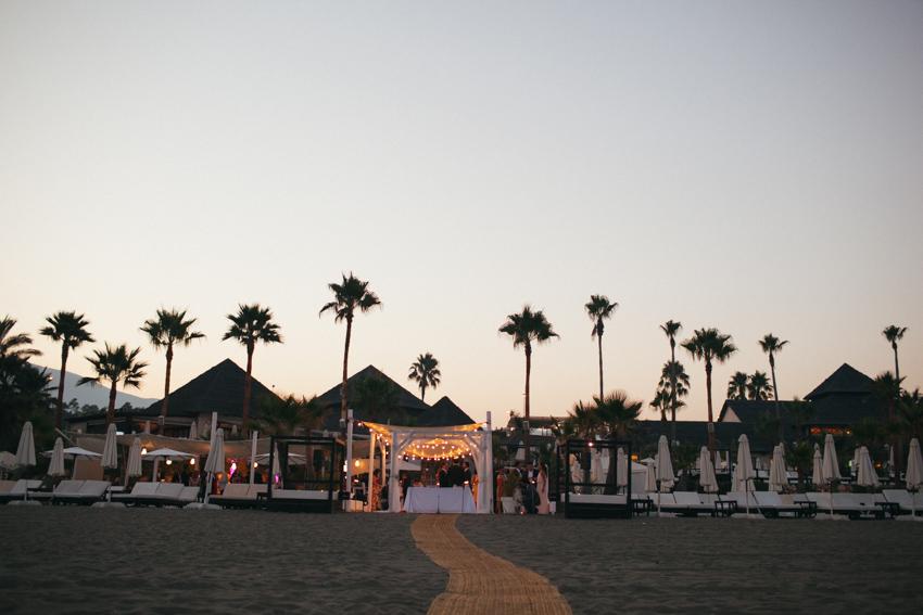 tu boda al aire libre en frente del mar