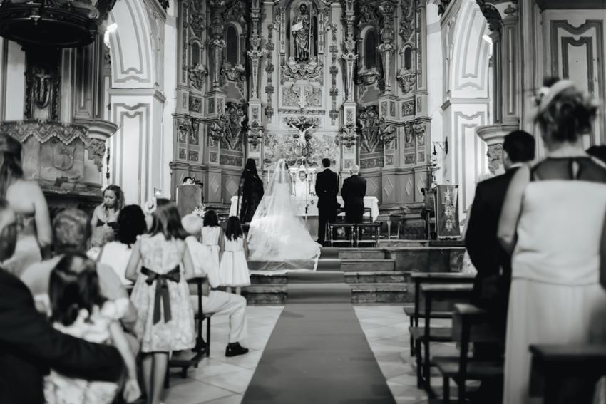 fotografía en la iglesia santiago apostol