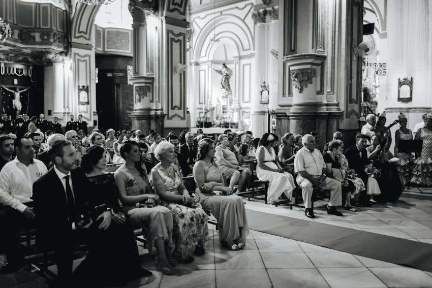 invitado a la ceremonia religiosa en málaga