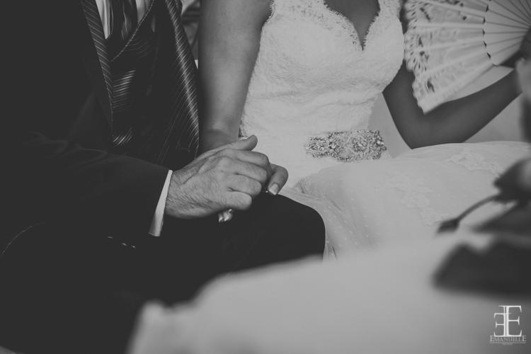 detalle de las mano en boda