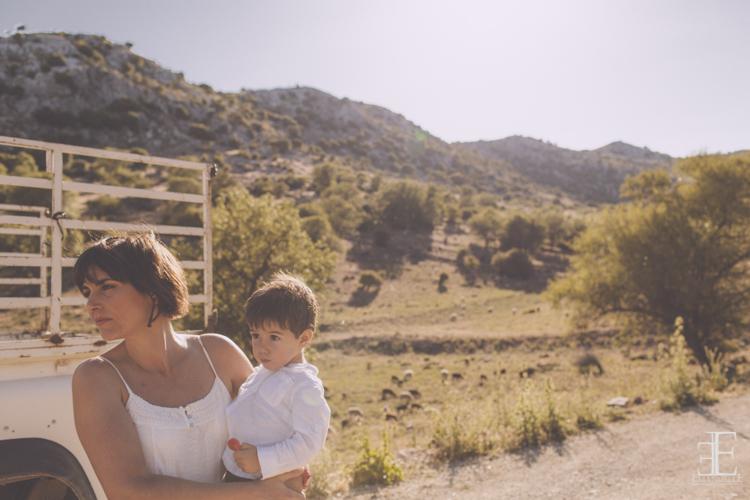madre y hijo fotografía dulce y espontanea sin posado