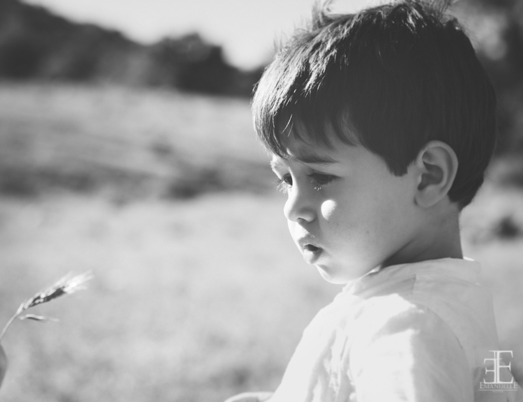 primer plano fotografía de niño retrato para reportaje de boda